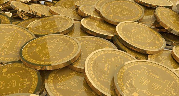 Bitcoin Begins April Above Key 4,000 Area