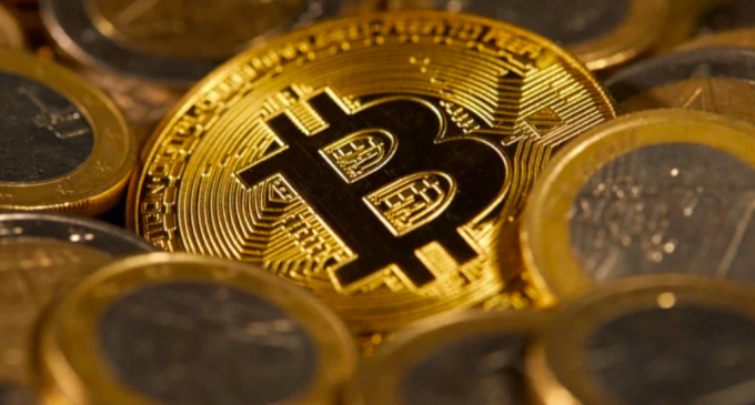 Bitcoin Stalled Around $7,000 – Selling Resumes